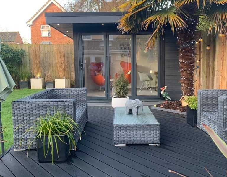 Garden Room In Northampton, With Composite Decking For Outdoor Seating Area